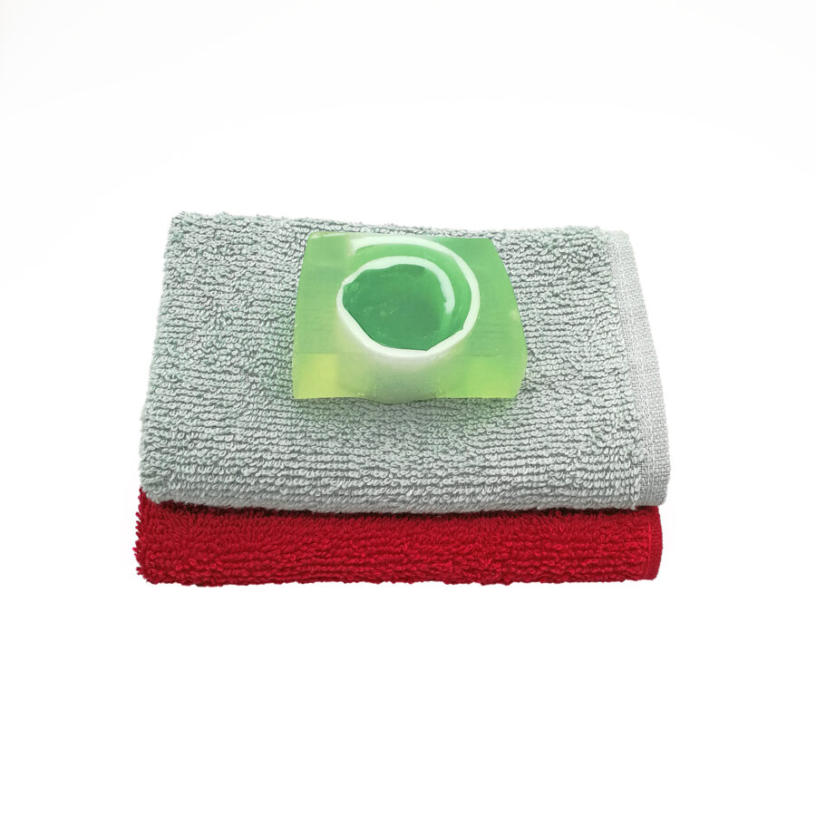 """Hand soap """"Roll"""" with hand towel"""