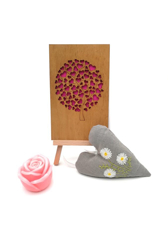 """Gift Set """"Tree of hearts """" (hand soap -rose, lavender heat, wooden greeting card)"""