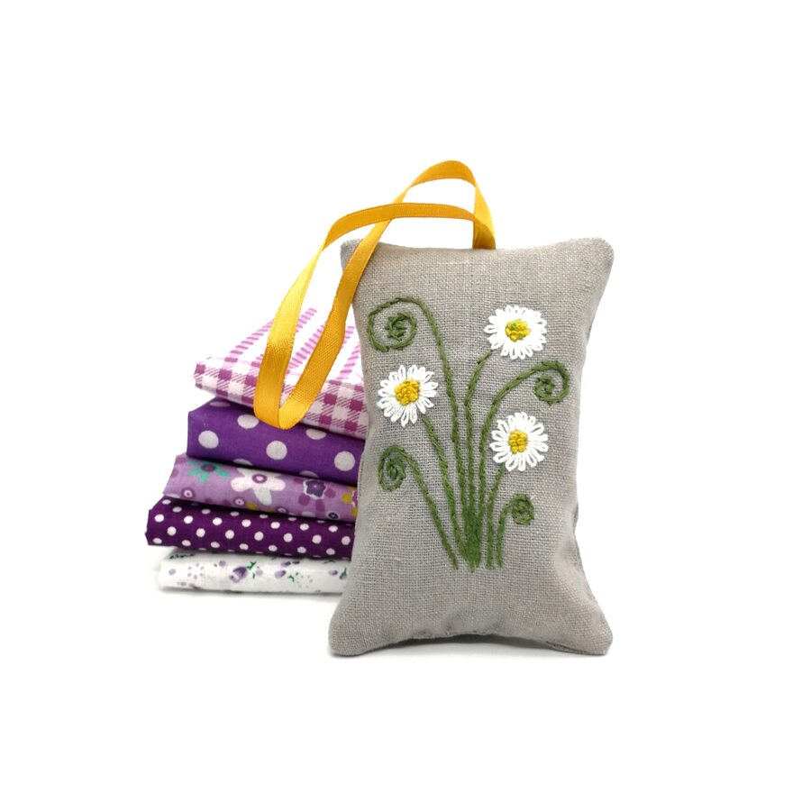 Aroma lavender bag with hand embroidery (Сamomile)