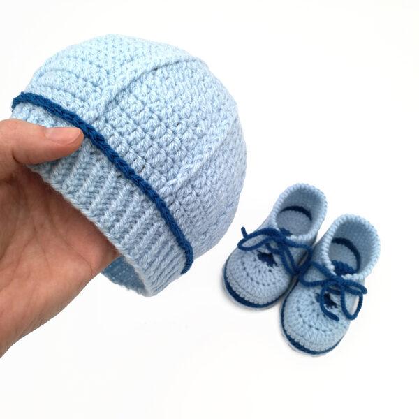 Шапочка и пинетки (голубой комплект)