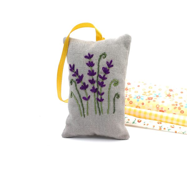 Aroma lavender bag with hand embroidery (Lavender)